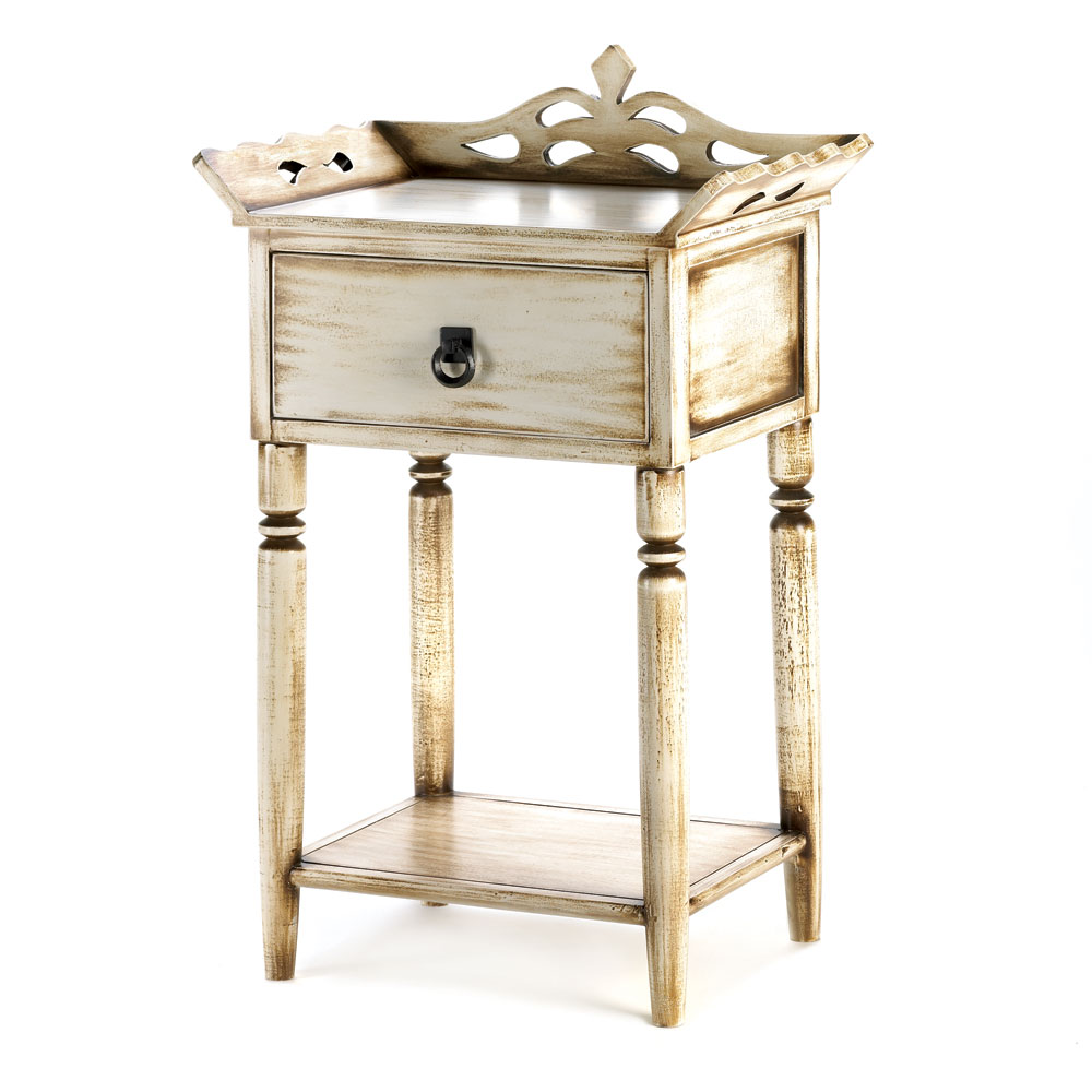 SHABBY ELEGANCE SIDE TABLE