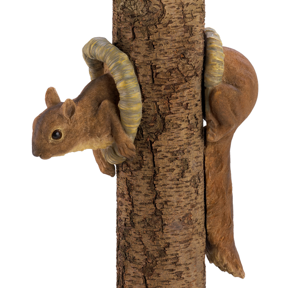 WOODLAND SQUIRREL TREE D