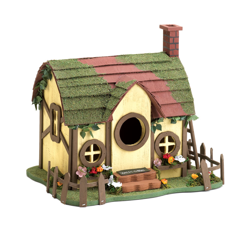 QUAINT COTTAGE BIRDHOUSE