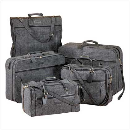 LUXURIOUS LUGGAGE SET